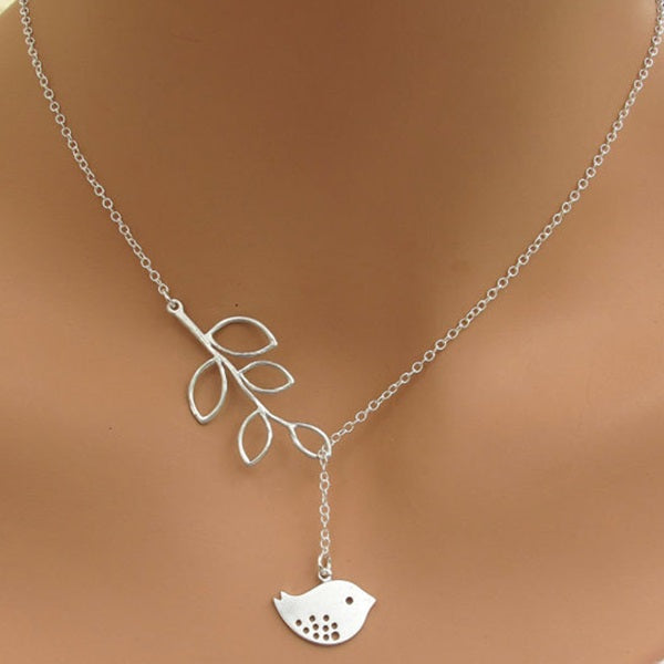 Leaf Pendant Necklace E-Plating Female Necklaces