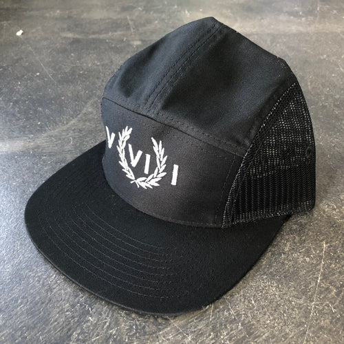 561 Hat 5 Panel Mesh Perry Numeral Black/White