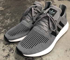 Adidas Swift Run Greythr/Cblack