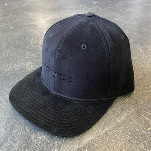 561 Hat Cord Snapback Simple Roman Blackout
