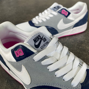 Nike SB GTS Return Midnight Navy/White