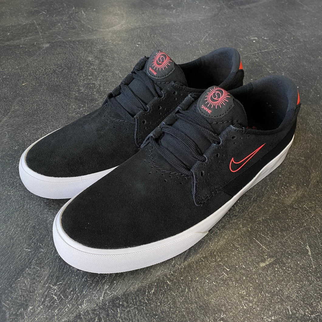 Nike SB Shane Black/Bright Crimson
