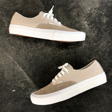 Vans Authentic Pro Rainy Day/White