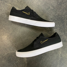 Nike SB Shane Black/University Gold