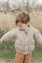 Load image into Gallery viewer, Nonna Lietta Trudi *b Mini Organic Cardigan in Écru Chiaro