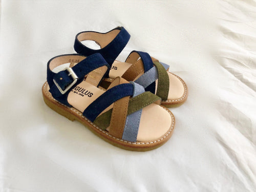 Angulus Open Sandal with Buckle Closure