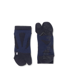 2 Toe Spider Arch Compression Short Socks with Non-Slip Dots