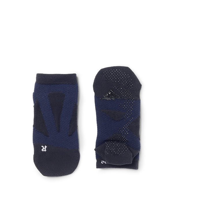 Round Toe Short Socks with Non-Slip Dots