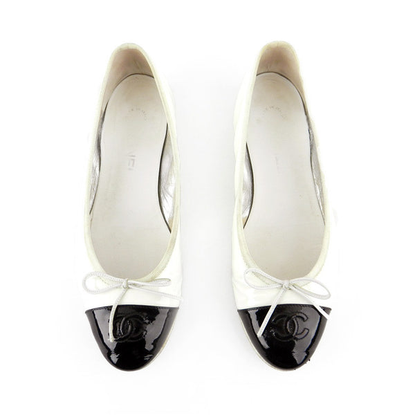Chanel Patent Leather Two-Tone Ballet Flats sz 39