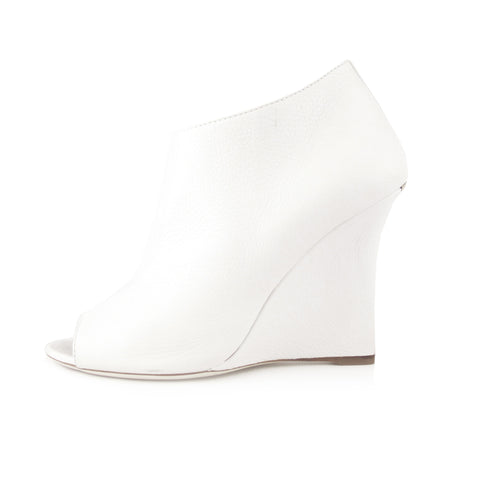 Burberry White Peep-Toe Wedge Bootie sz 41