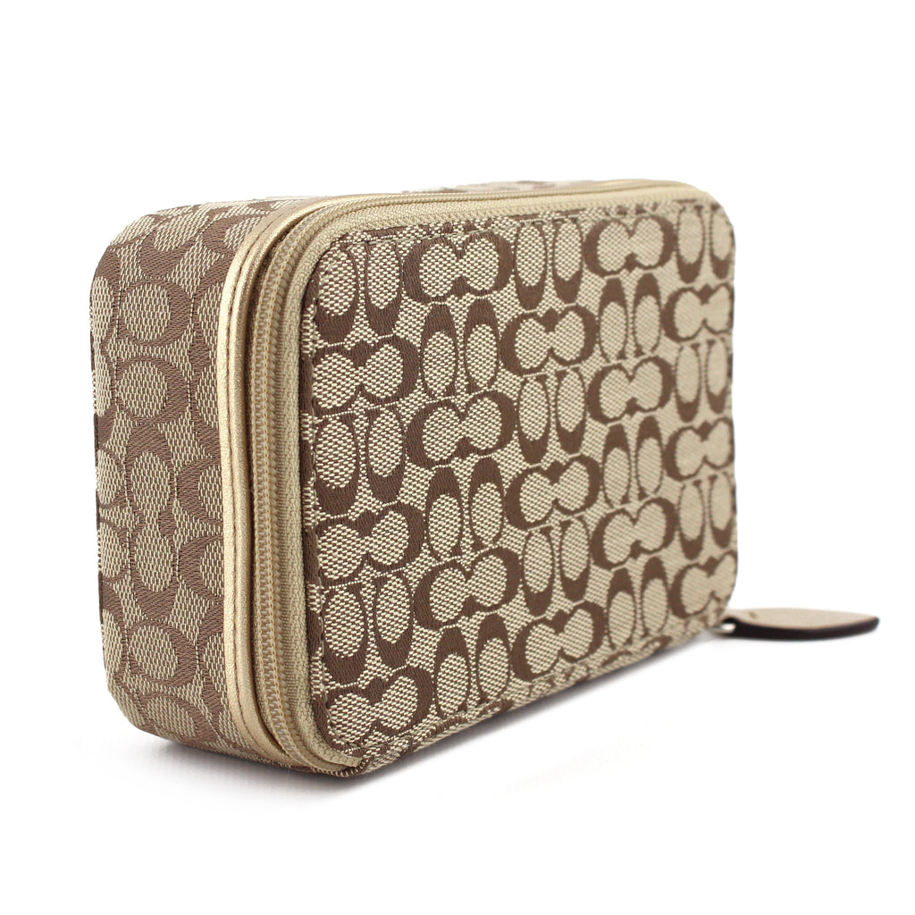 e54b5f6140b0 LUXUCA.COM - Coach Beige   Pink Signature Canvas Travel Jewelry Box