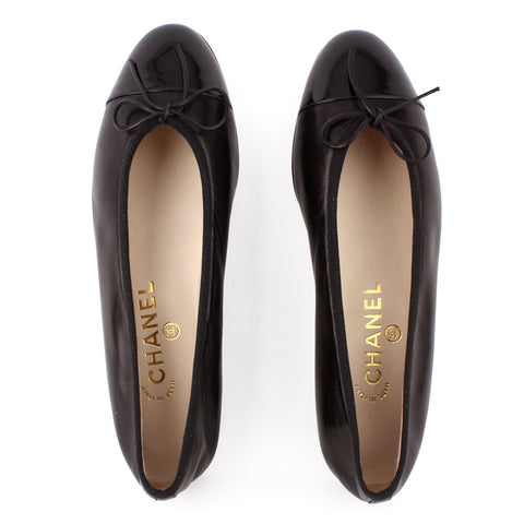 Chanel Patent Cap-Toe Black Leather Ballet Flats sz 38