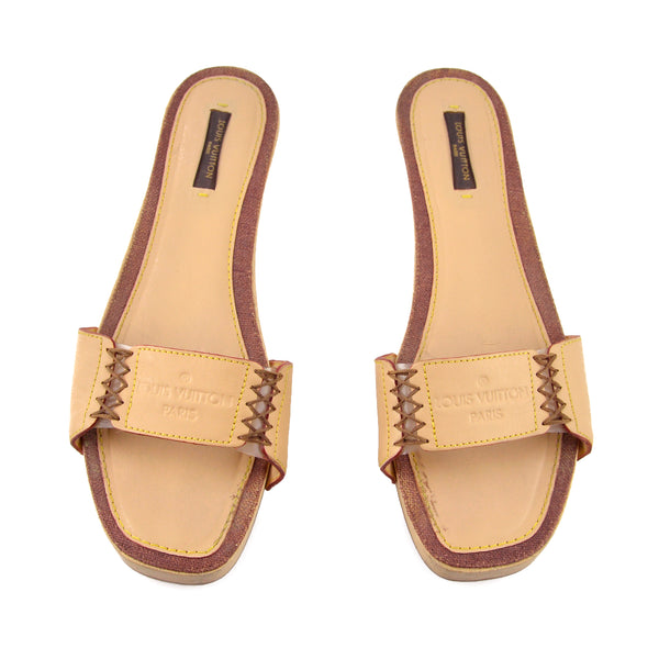 Louis Vuitton Beige Leather Clog / Slide Sandals sz 38 / 8