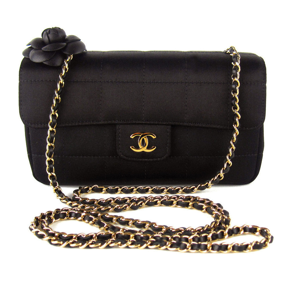 2950f5b29a51 LUXUCA.COM - Chanel Camellia Flower Satin Mini Flap