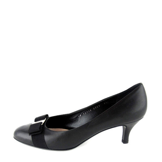 Salvatore Ferragamo Bow Pumps sz 9.5