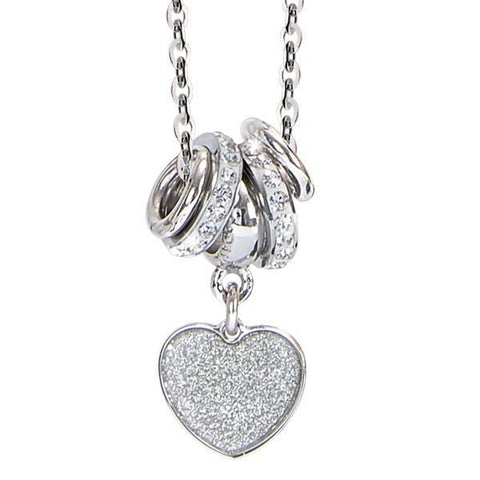 Necklace with a pendant glitterato to heart