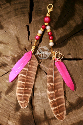 Feather Clip-on; Pink Cowgirl