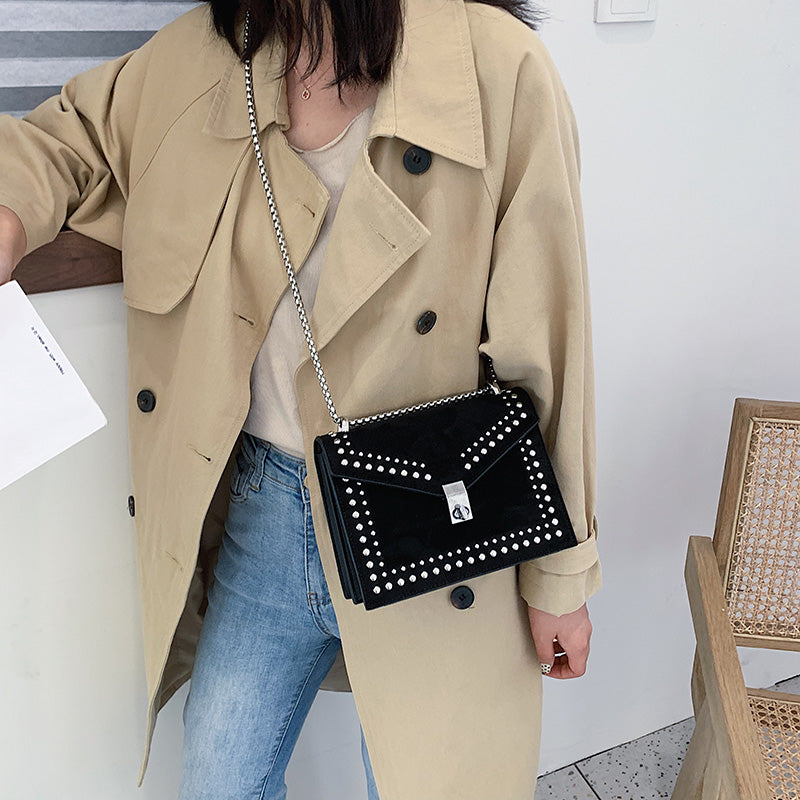Fashionable and Stylish Leather Shoulder Messenger Bags For Women