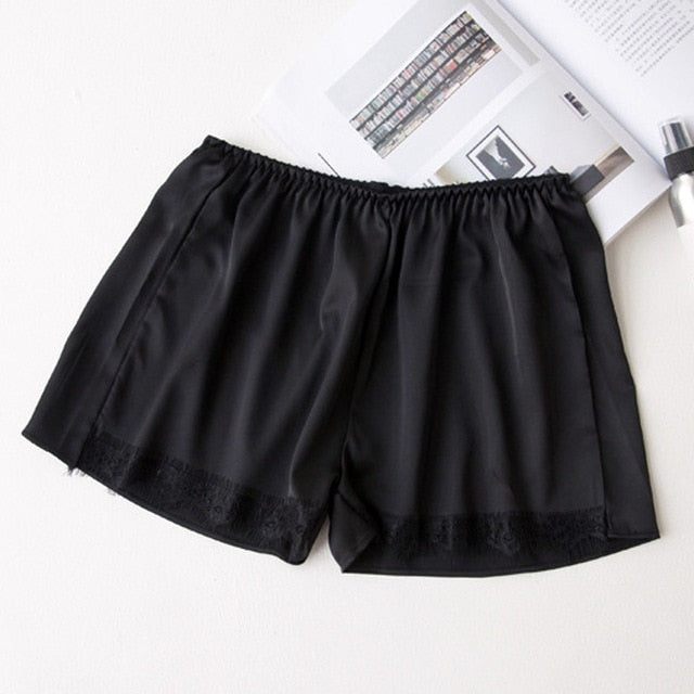 Hot Selling Silky Elastic Waist Lace Design Shorts Pants for Women