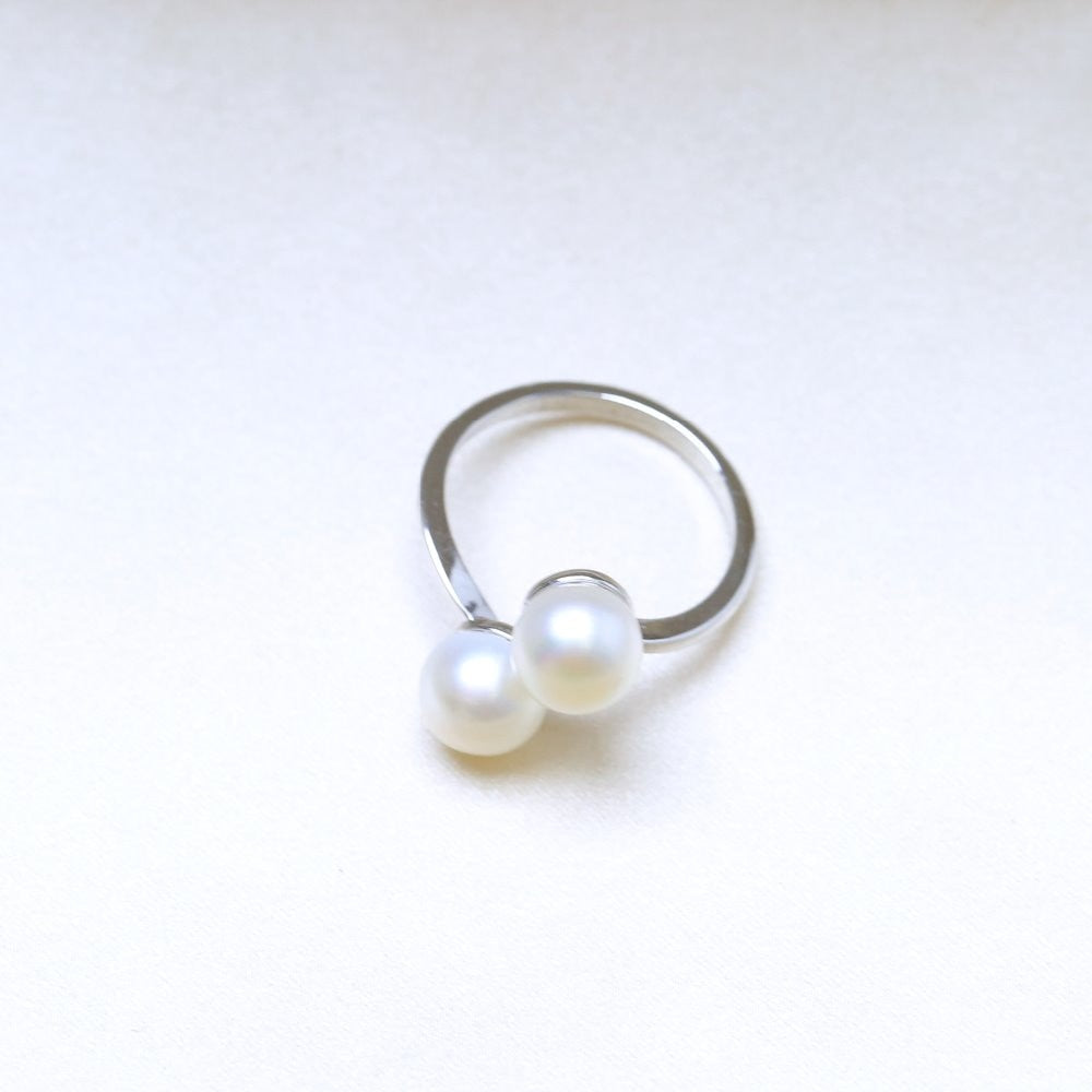 DOUBLE Pearls Silver Interlaced Rings for Women