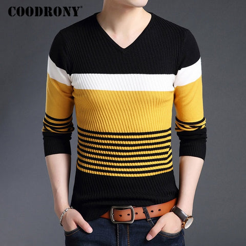 V Neck Full Sleeve Knitted Standard Wool T Shirt