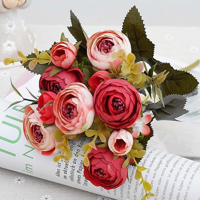 Beautiful Silk Artificial Tea Roses Bouquet for Wedding/New Year Decoration