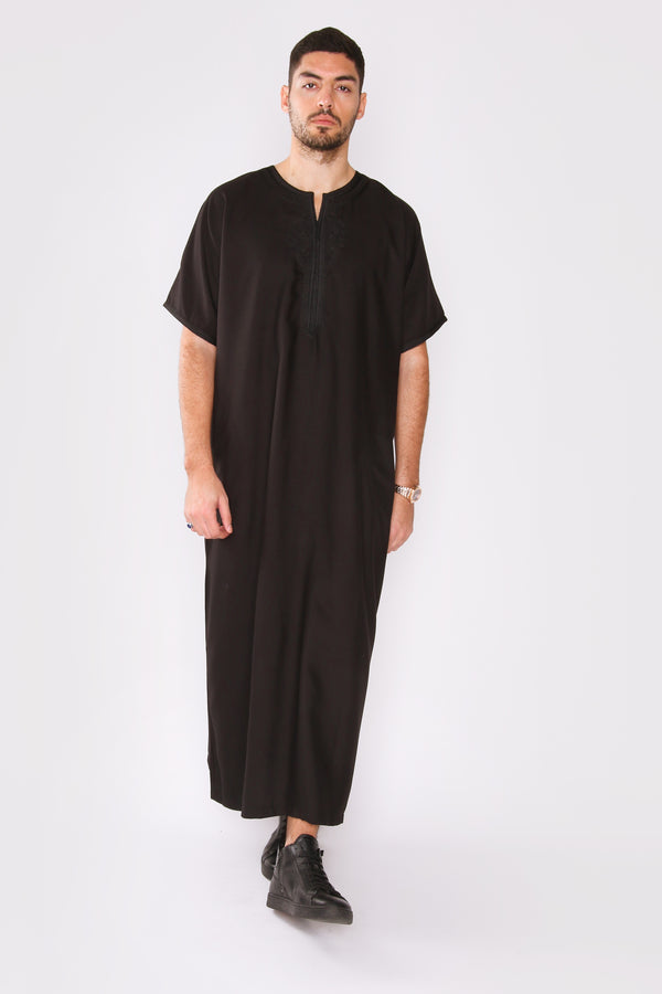 Gandoura Badr Embroidered Short Sleeve Men's Long Robe Thobe in Black