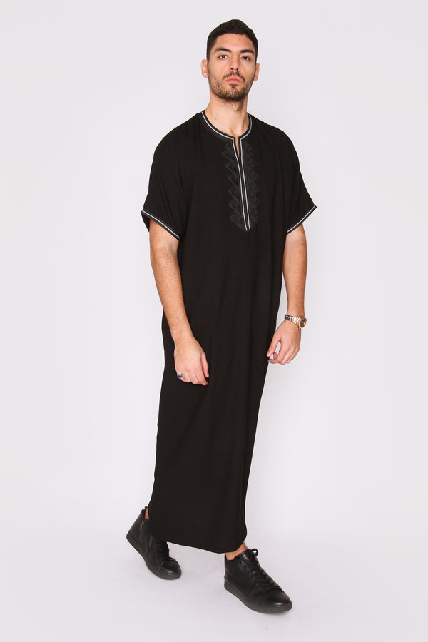 Gandoura Hassan Men's Short Sleeve Full-length Embroidered Robe Casual Thobe in Black