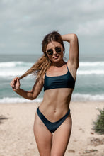 Load image into Gallery viewer, Minima bikini in navy