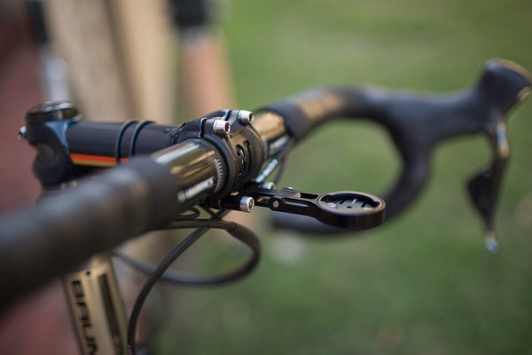Fetha Garmin Mounts: a cleaner way to mount your Garmin