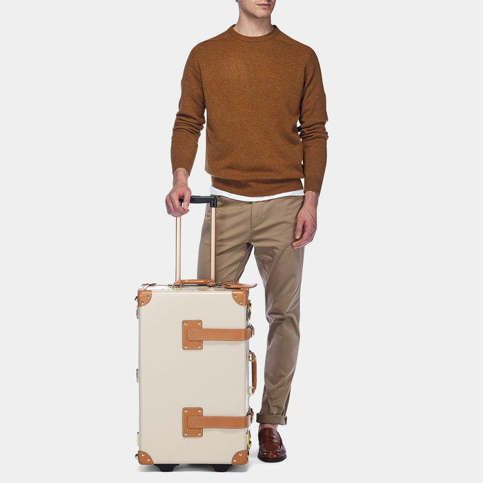9ad470cf37 The Diplomat Stowaway in Nude - Vintage leather Cabin Bag - Exterior Front  with Model ...