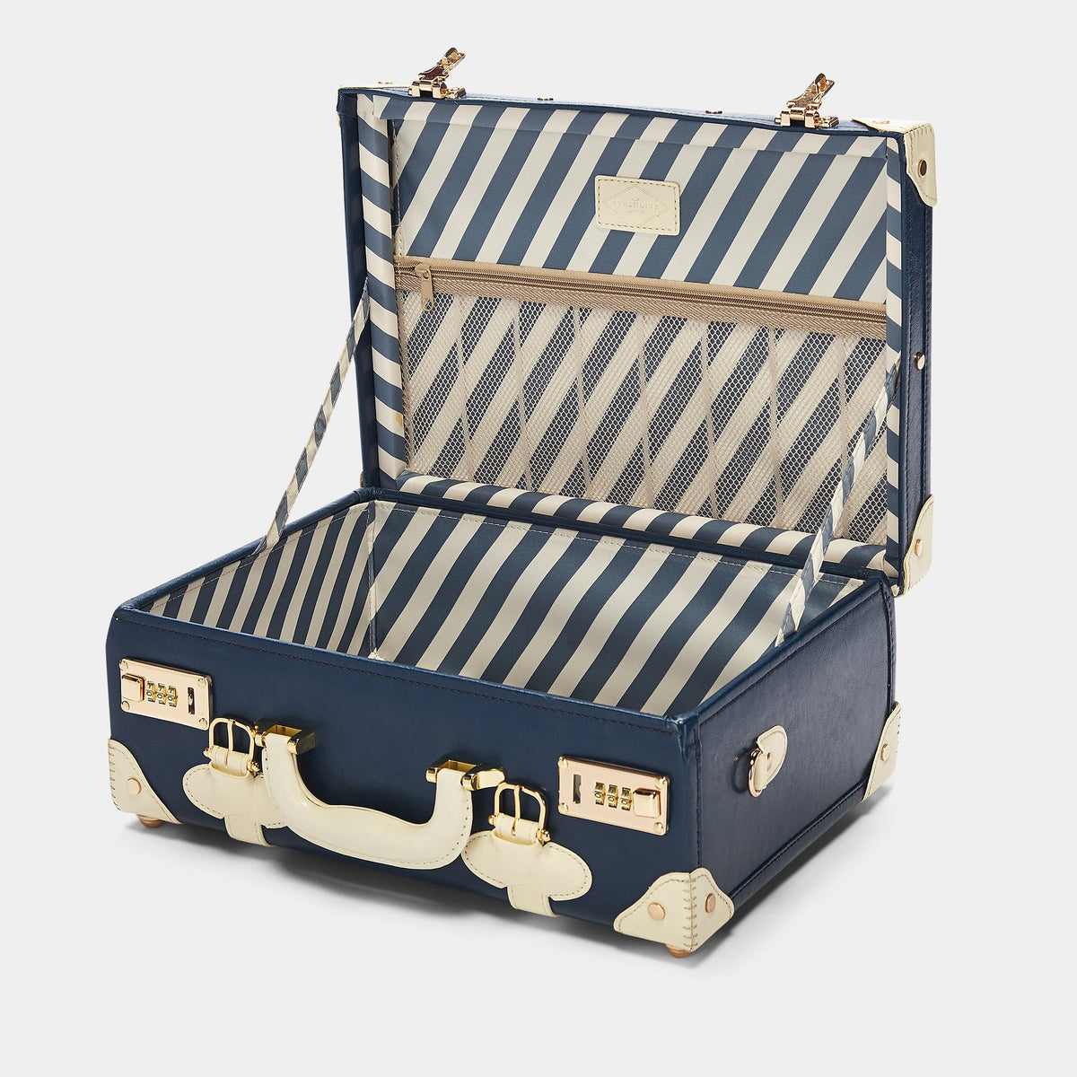 The Entrepreneur Overnighter in Navy - Vintage-Inspired Luggage - Interior Front