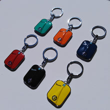 Load image into Gallery viewer, VESPA LEGSHIELD KEYRING