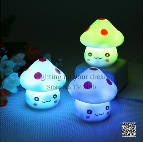 Color Changing LED Mushroom Lamp - IsleOfGifts