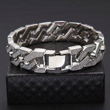 "Load image into Gallery viewer, Cuban Chain Link Sand Blast Bracelet  18 MM/8.6"" - IsleOfGifts"