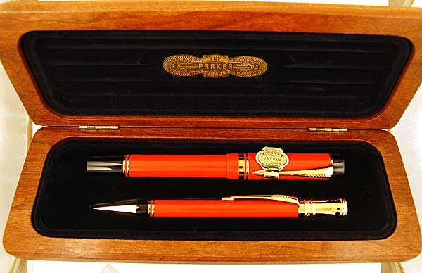 Parker Duofold Centennial Fountain Pen and Pencil in Orange/Red - Medium nib