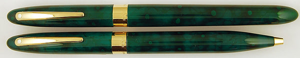 Sheaffer Crest Rollerball and ballpen set in emerald green