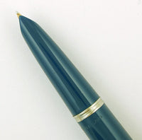 Parker 51 Custom in teal blue, Gold cap - Medium nib