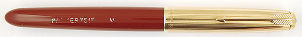 Parker 51 Custom in burgundy, Gold cap - Medium nib