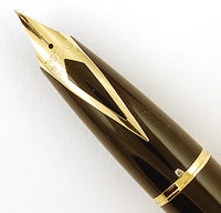 Sheaffer Legacy in gold/black - Fine 18k nib