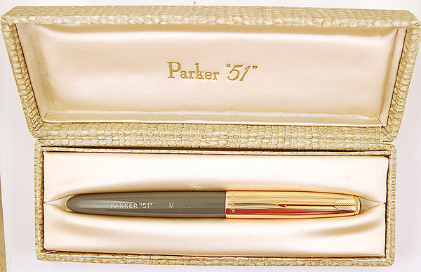 Parker 51 Custom in grey, Gold cap - Medium nib