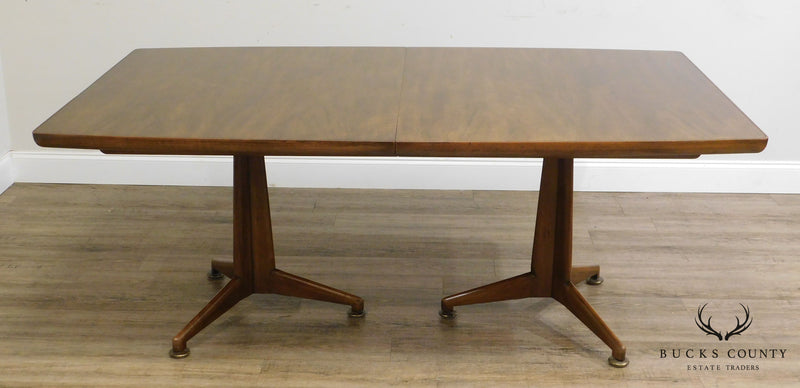 John Widdicomb Mid Century Modern Walnut Expandable Dining Table W/ 3 Leaves