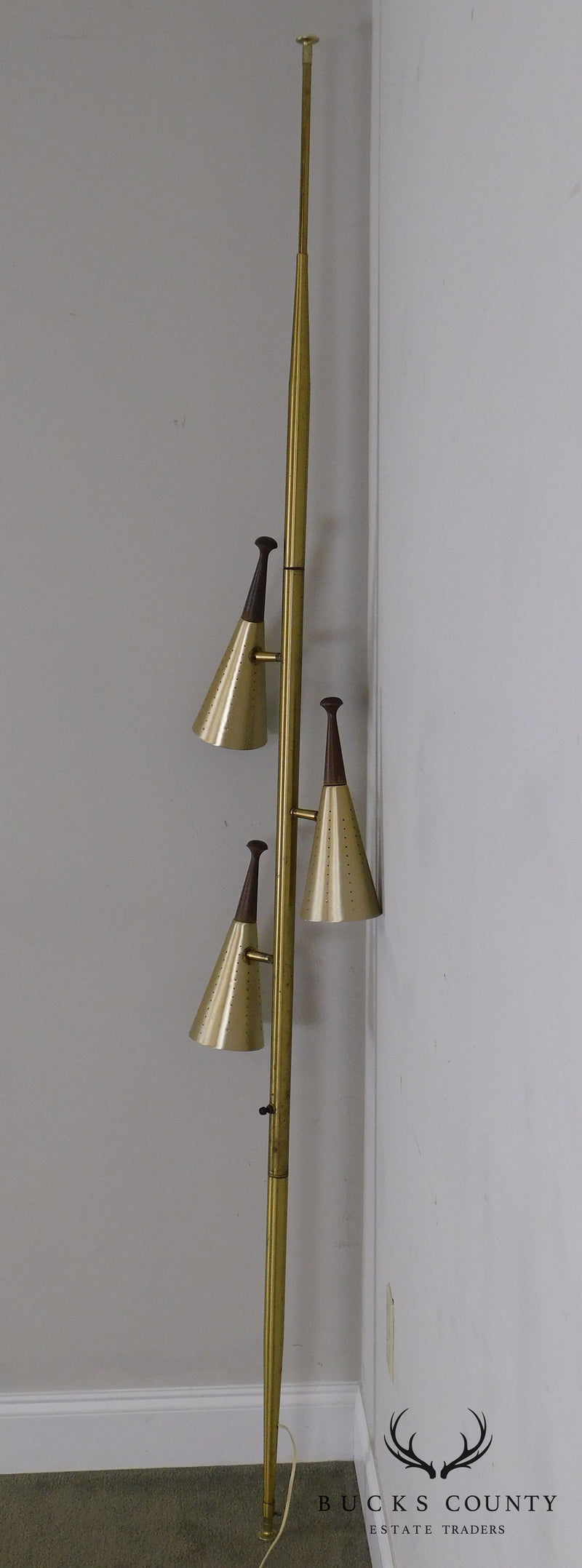 Mid Century Modern 3 Light Pole Lamp (B)