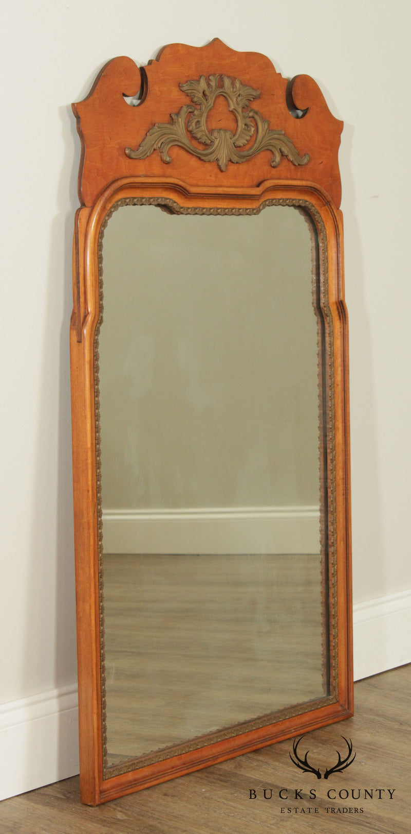 Davis Cabinet Co. Vintage Maple Frame Chippendale Style Wall Mirror