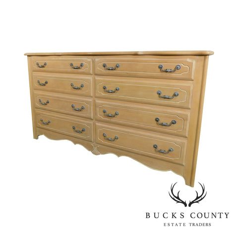 Ethan Allen French Country 8 Drawer Dresser