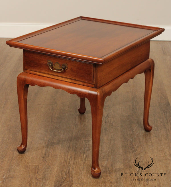 Statton Oldtowne Cherry Queen Anne Style One Drawer Side Table