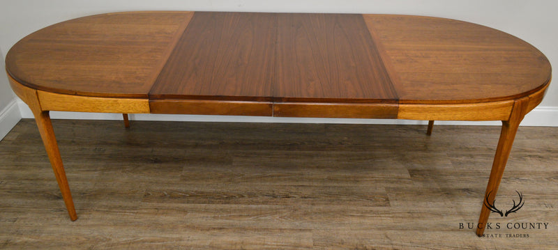 Lane Mid Century Modern Oval Walnut Dining Table