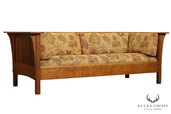 Stickley Mission Collection Oak Spindle Settle, Sofa (A)
