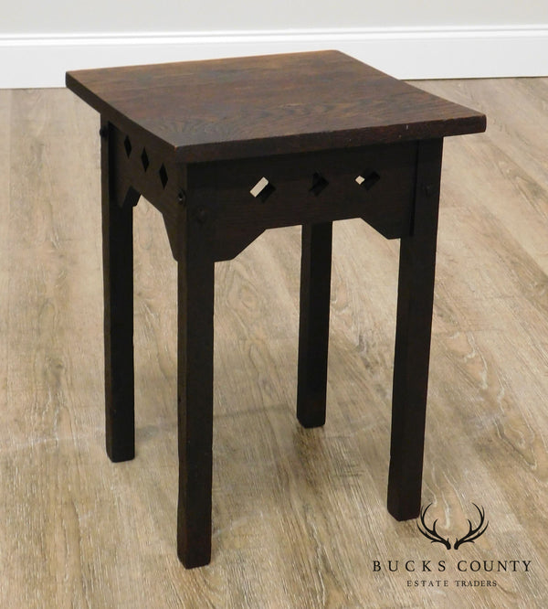 H. T. Cushman Mfg. Co. Antique Mission Arts & Crafts Oak Taboret Side Table