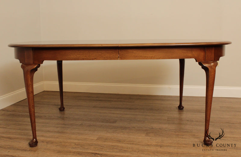 Biggs Vintage Solid Mahogany Queen Anne Dining Table